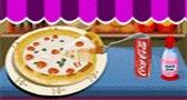 مطبخ بيتزا هت للبنات